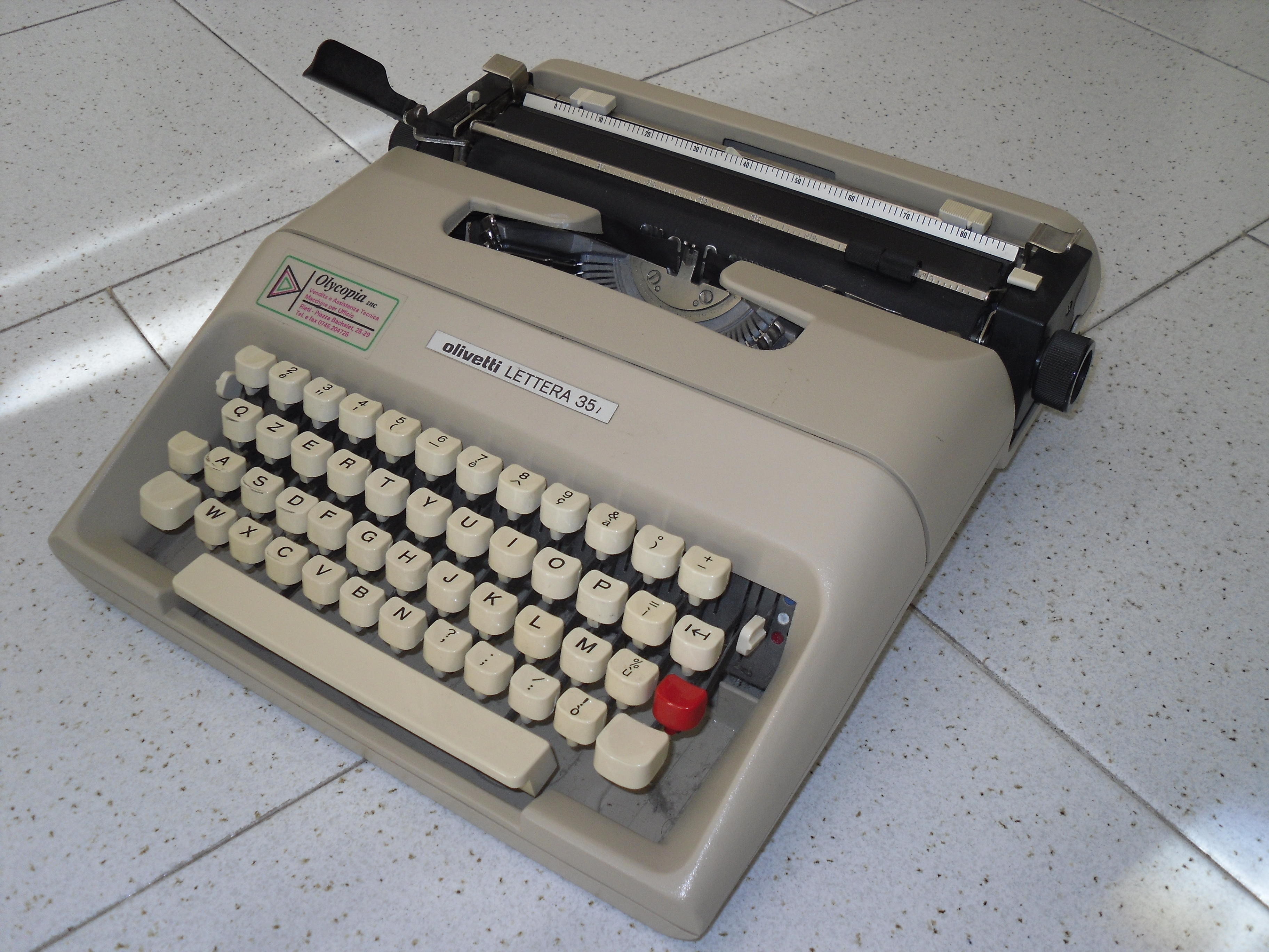 Description Olivetti Lettera 35 L.jpg