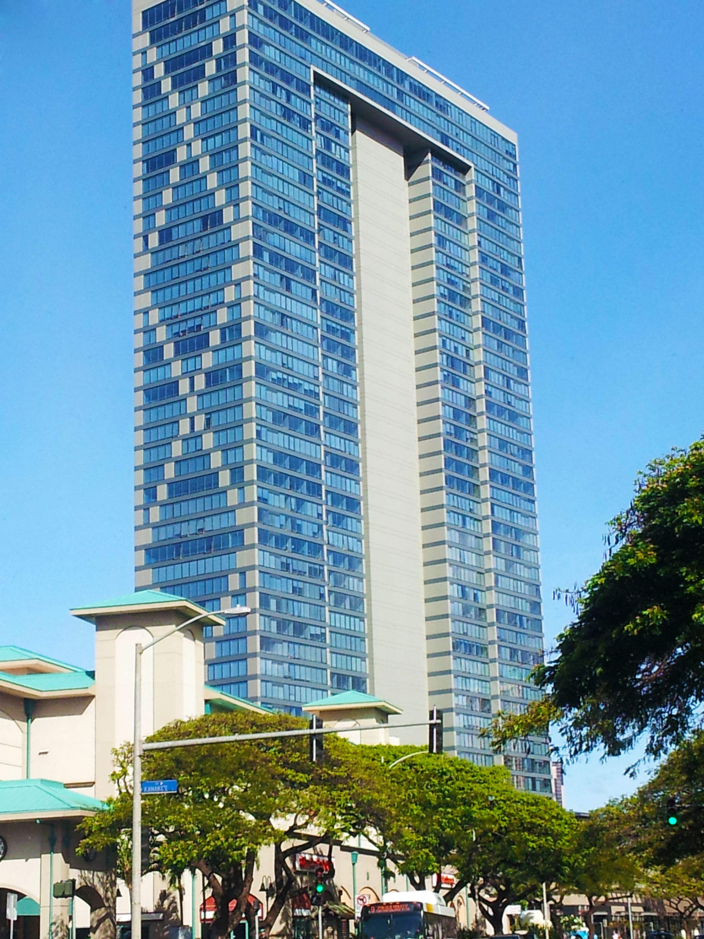 List of tallest buildings in honolulu wikiwand for How much to build a house in hawaii
