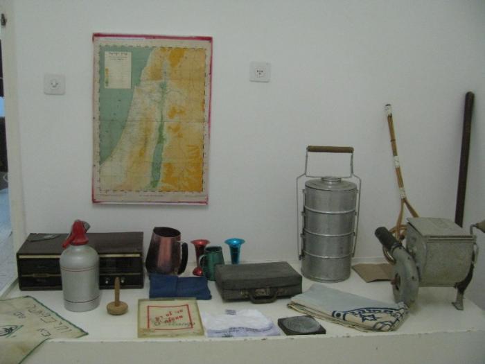 תצוגת כלים במוזיאון ניר-עם