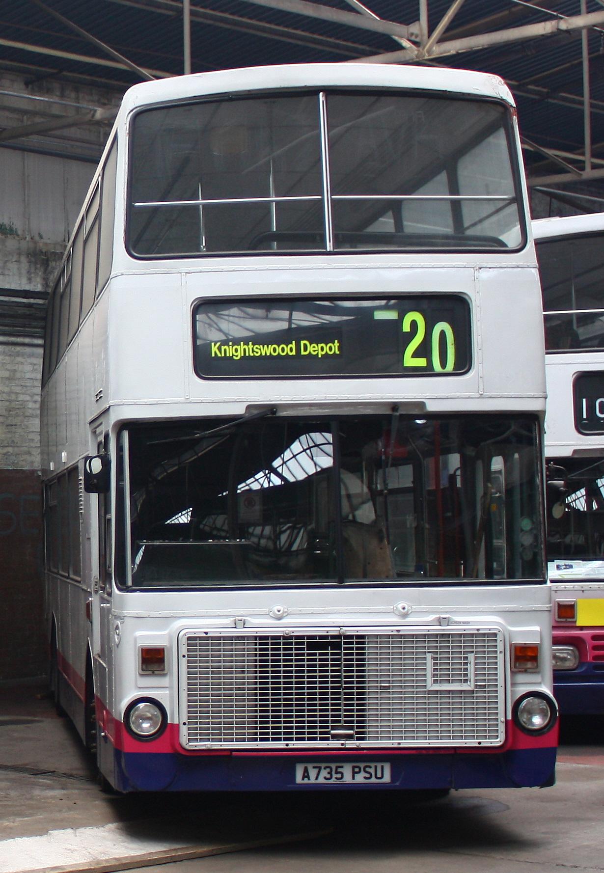 File:Preserved First Glasgow bus 31213 (A735 PSU) 1983 Volvo Ailsa B55 Alexander RV, 2009 ...
