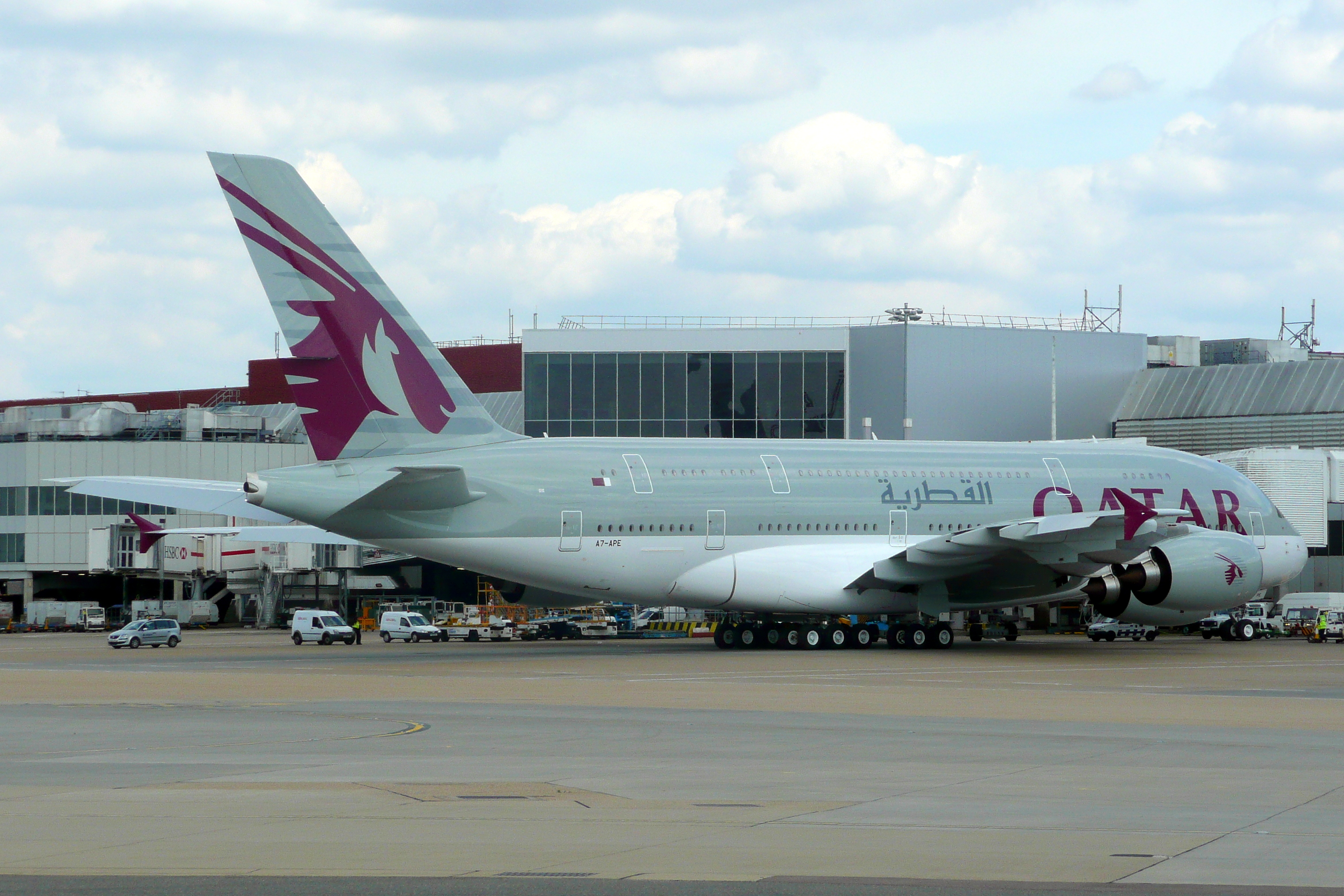 File:Qatar Airways, Airbus A380-800, A7-APE - LHR