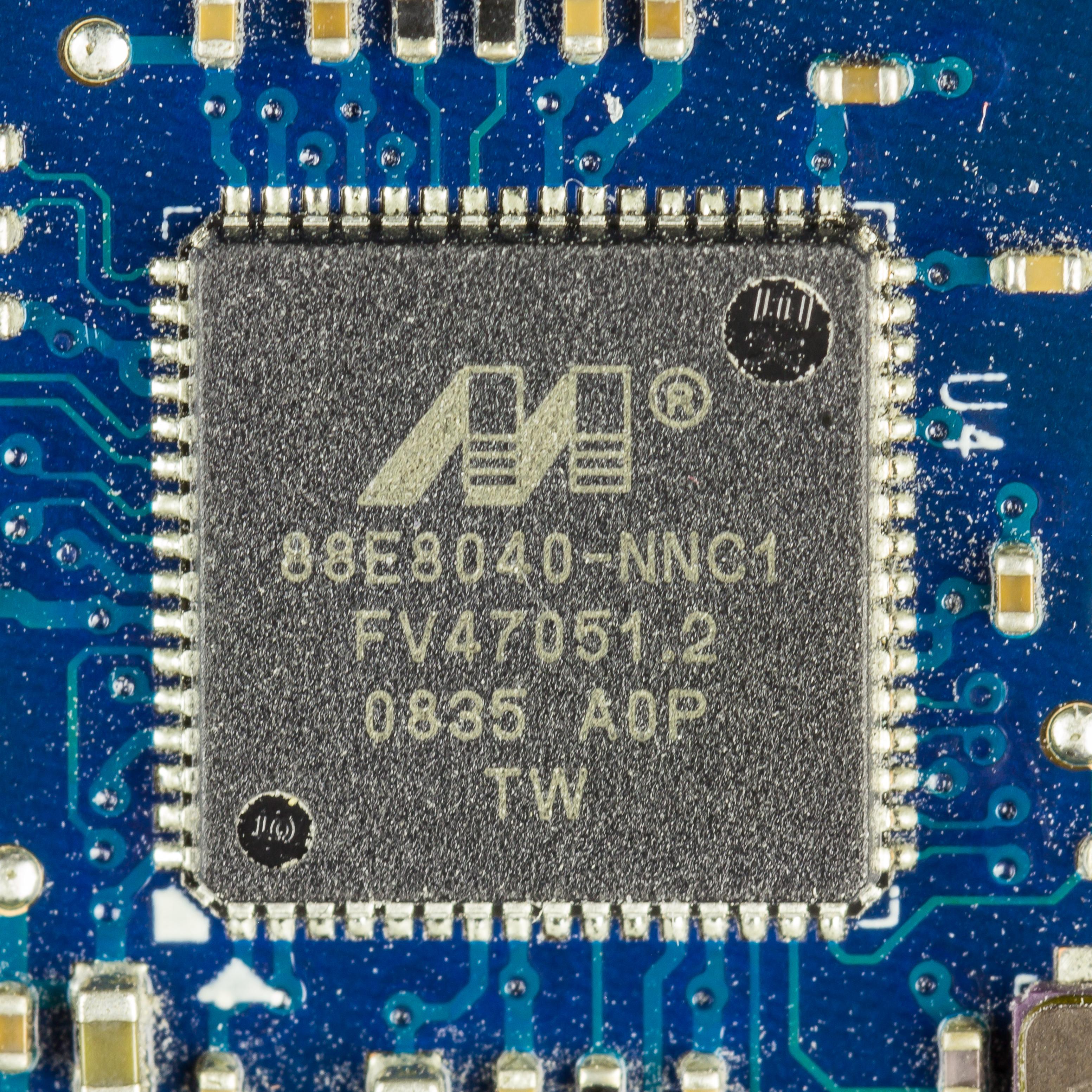 Samsung NC10 - motherboard - Marvell 88E8040-NNC1-1276.jpg English: Samsung NC10 - motherboard - Marvell 88E8040-NNC1 Date 31 May 2018 19:36:06