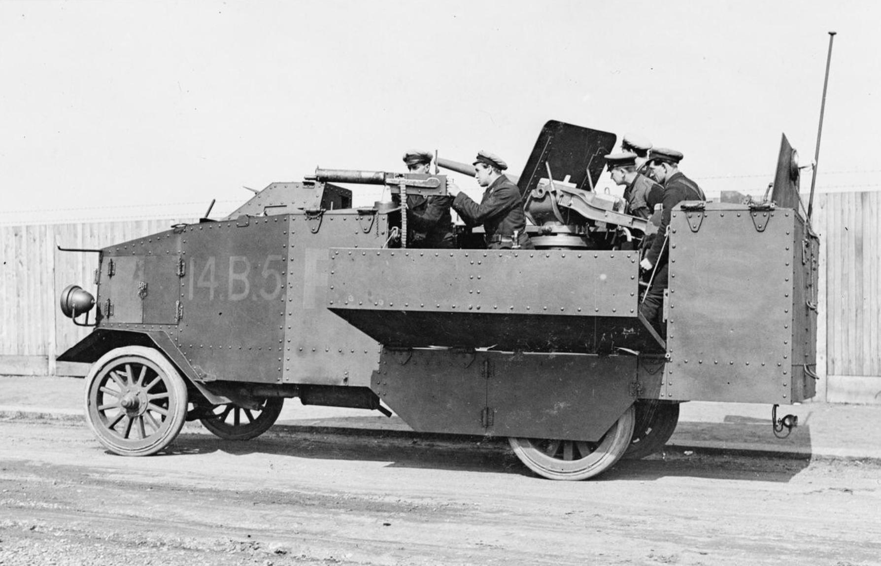 Le camion blinde Seabrook de 1914 (maquette Azimut en résine 1/35) Seabrook_armoured_lorry