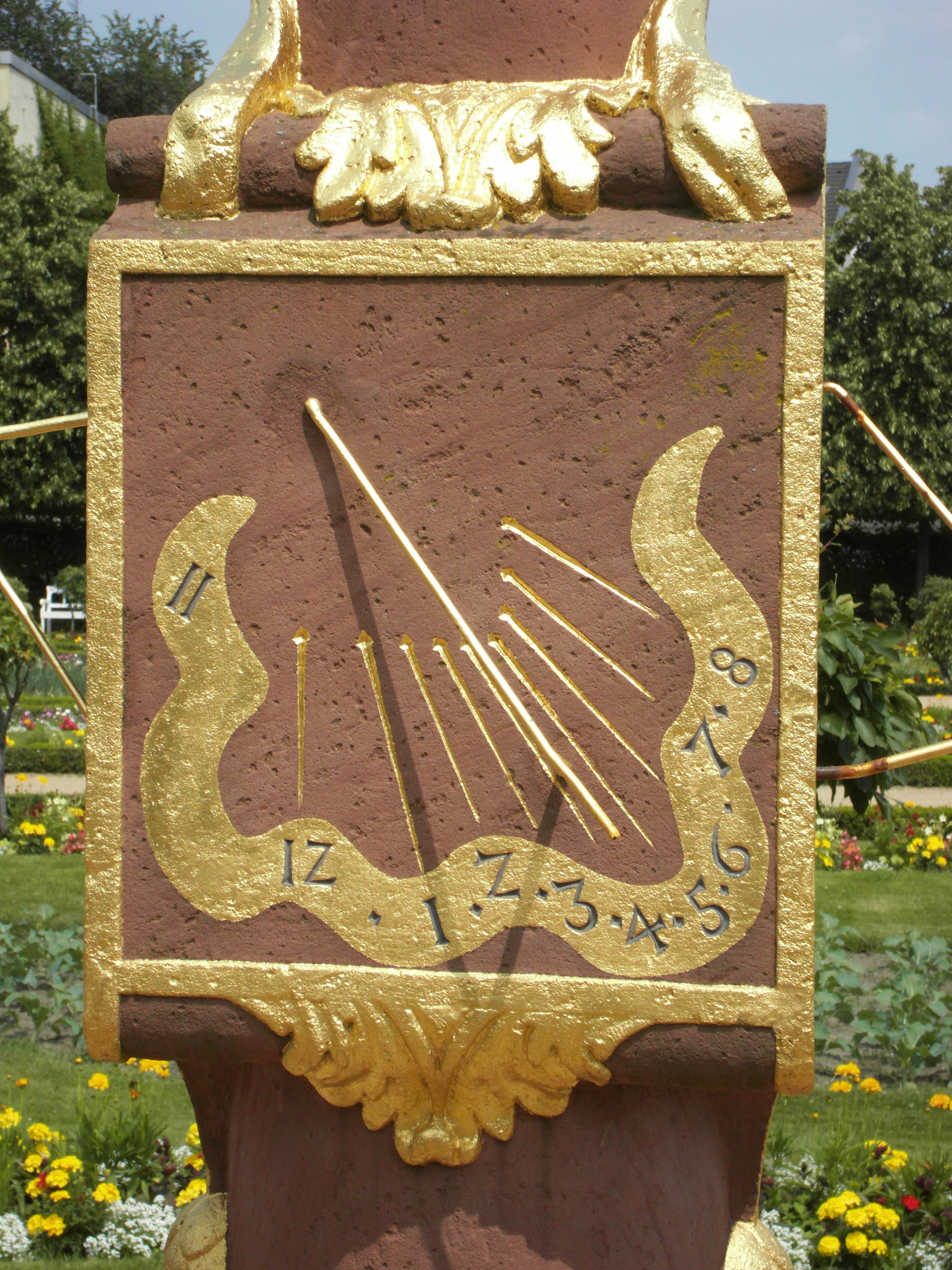 Filesonnenuhr Prinz Georg Garten Detail2 Darmstadtjpg Wikimedia