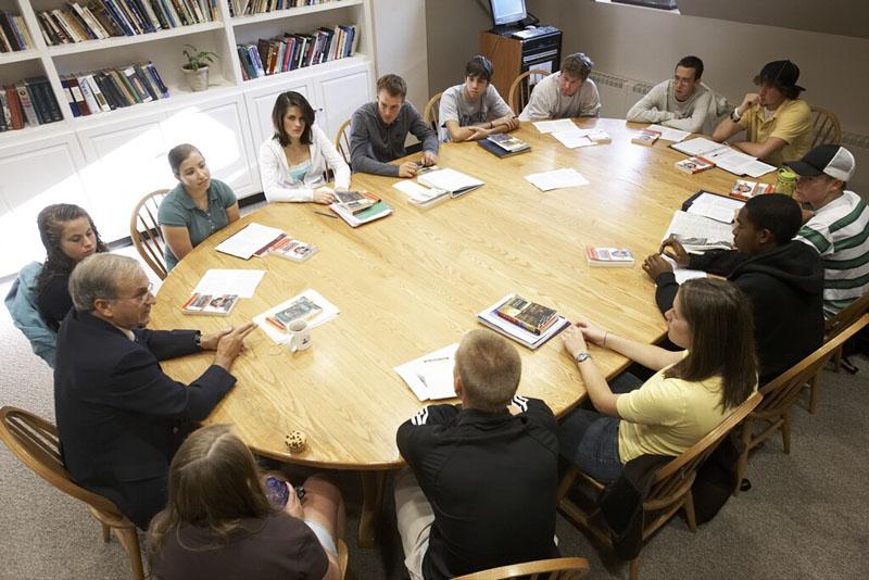 Video Classroom Socratic Seminar Today S Meet
