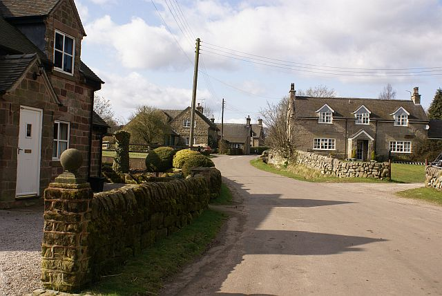 Stone houses in Wootton village - geograph.org.uk - 366158