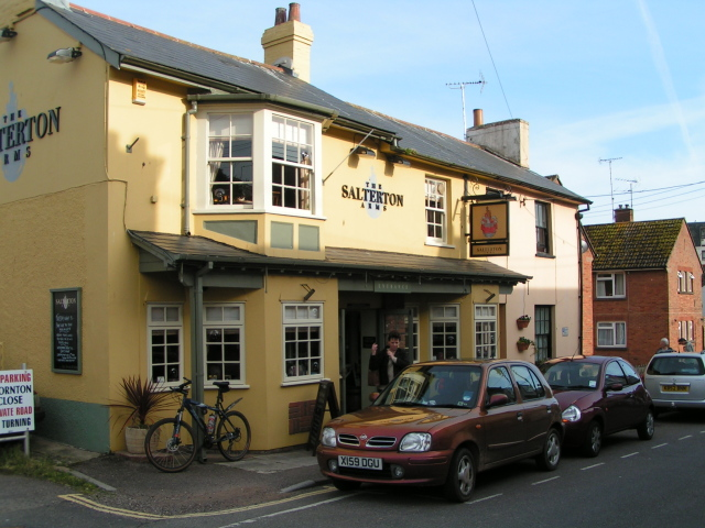 The Salterton Arms, Chapel Street, Budleigh Salterton - geograph.org.uk - 1288609