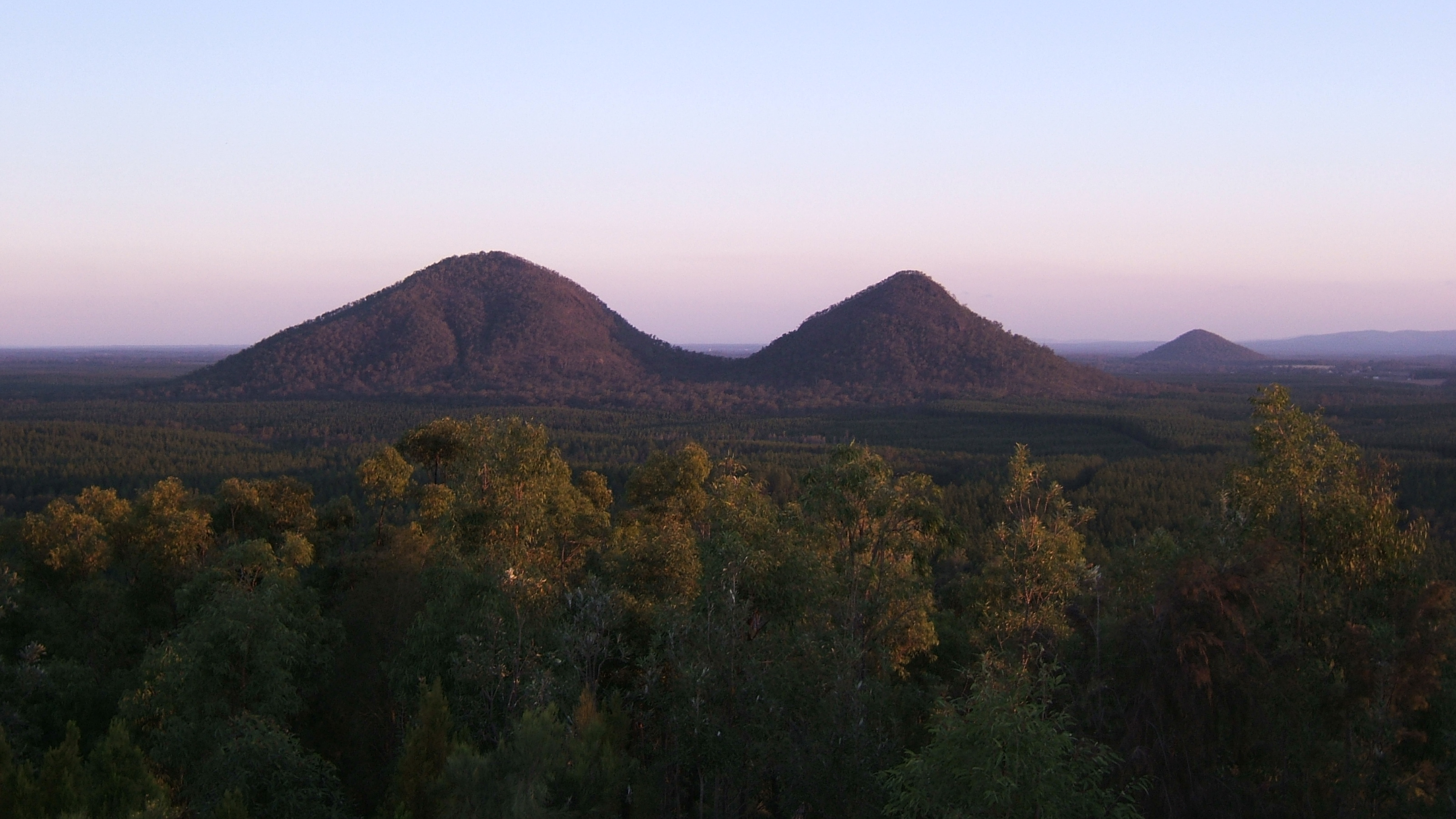 Glass House Mountains - Wikiwand