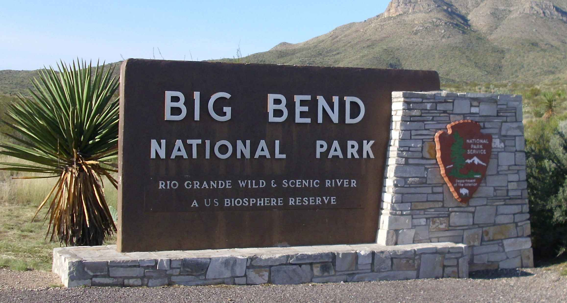 http://upload.wikimedia.org/wikipedia/commons/c/c4/USA_Texas_Big_Bend_Sign_09-10-20.jpg