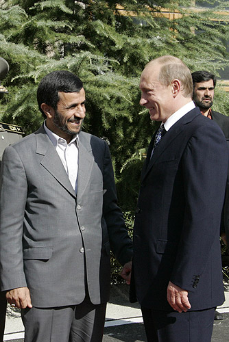 File:Vladimir Putin in Iran 16-17 October 2007-2.jpg