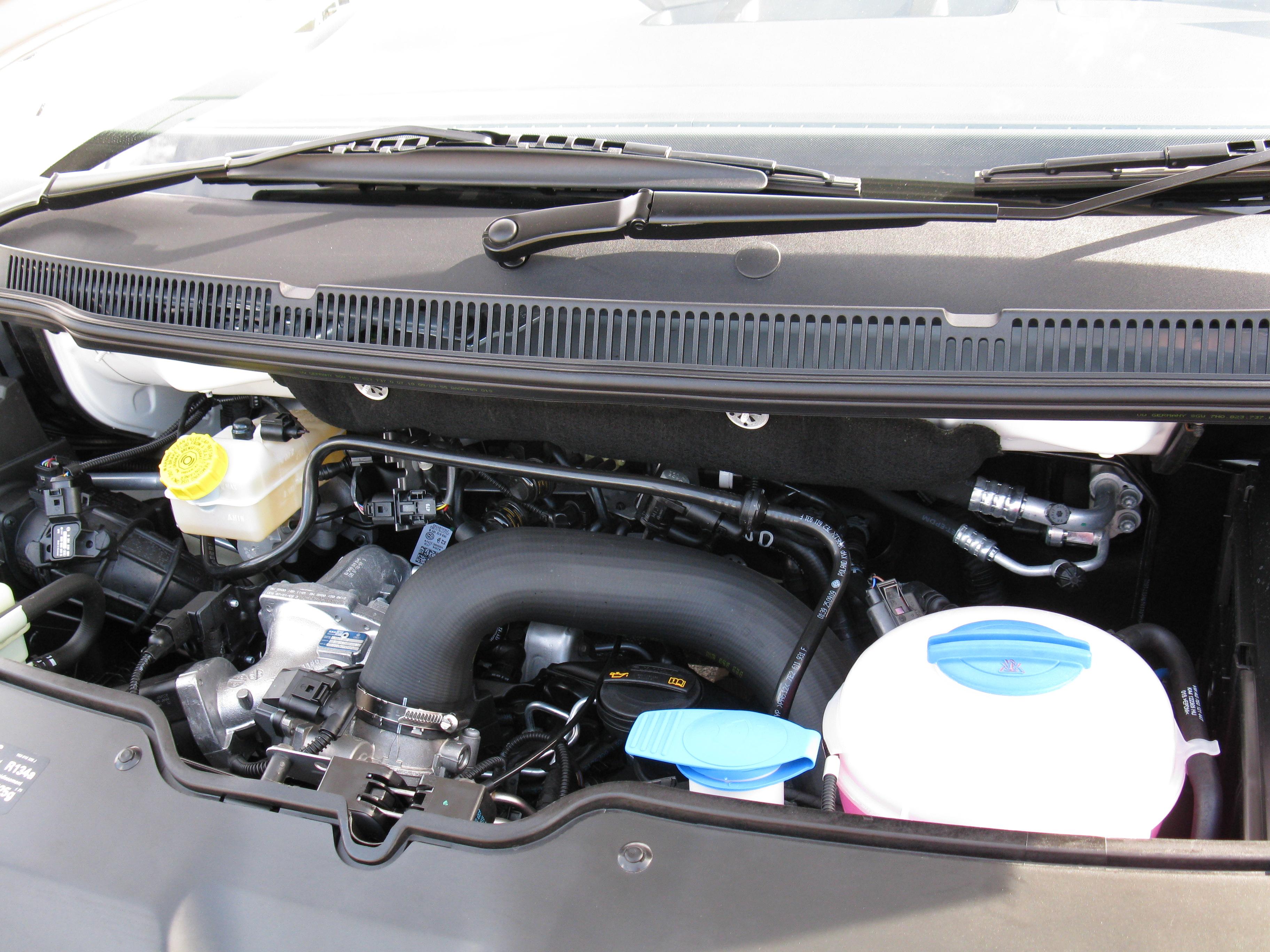 File:Volkswagen Engine 2.0 BiTDI.jpg - Wikimedia Commons