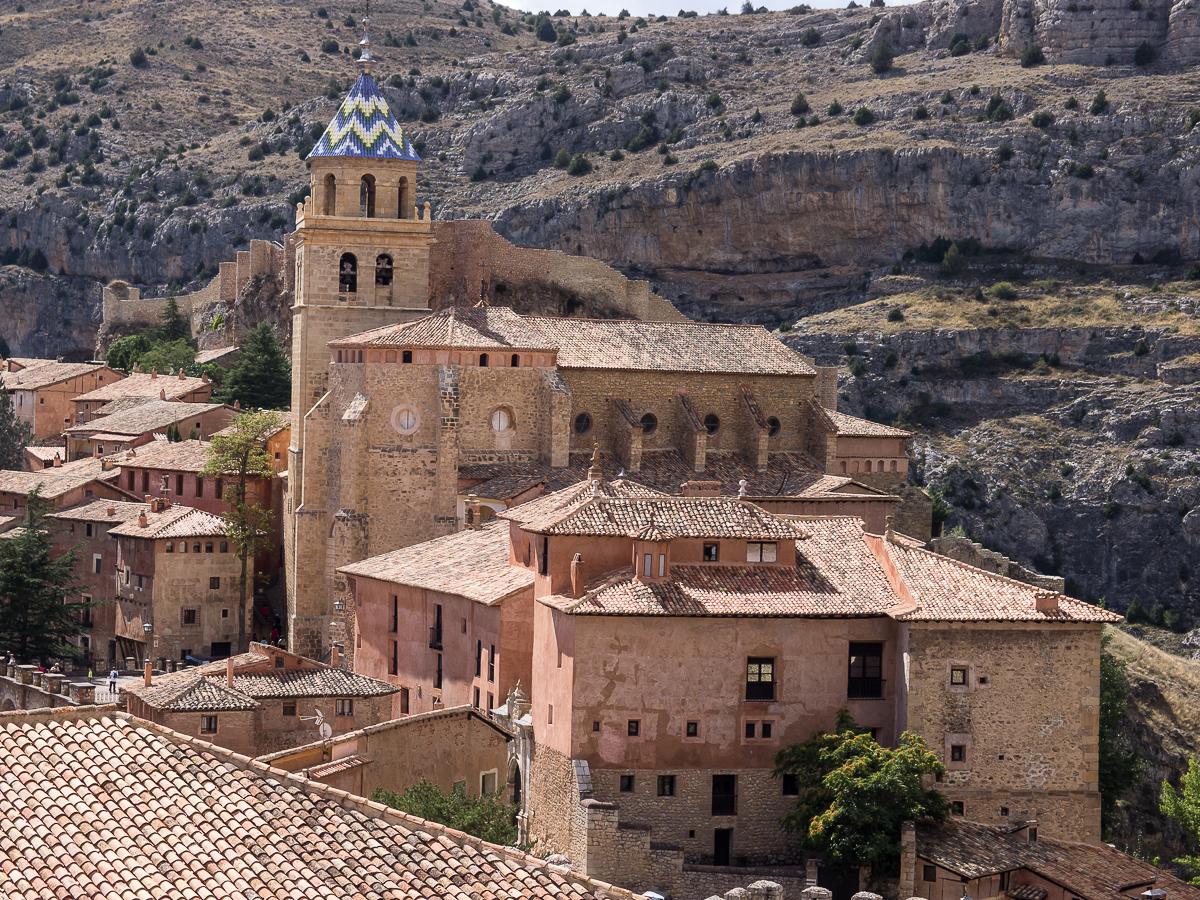 Catedral de albarrac n wikipedia la enciclopedia libre - Casa rural gea de albarracin ...
