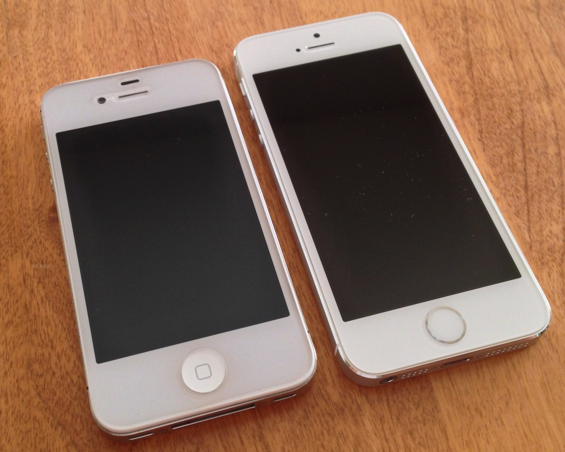 Difference Between Iphone Se And Iphone S