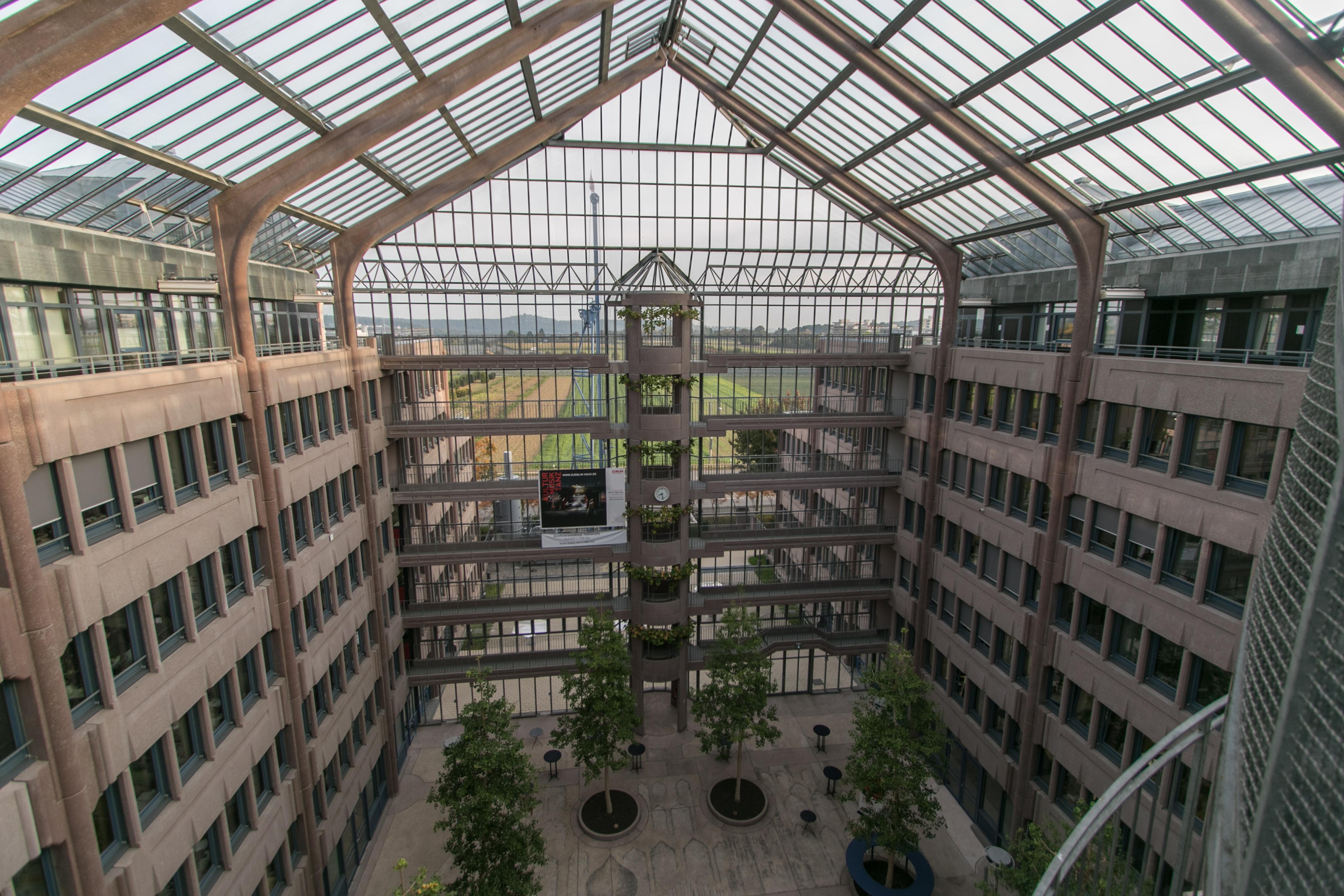 File:Züblin-Haus, Stuttgart 009.jpg - Wikimedia Commons