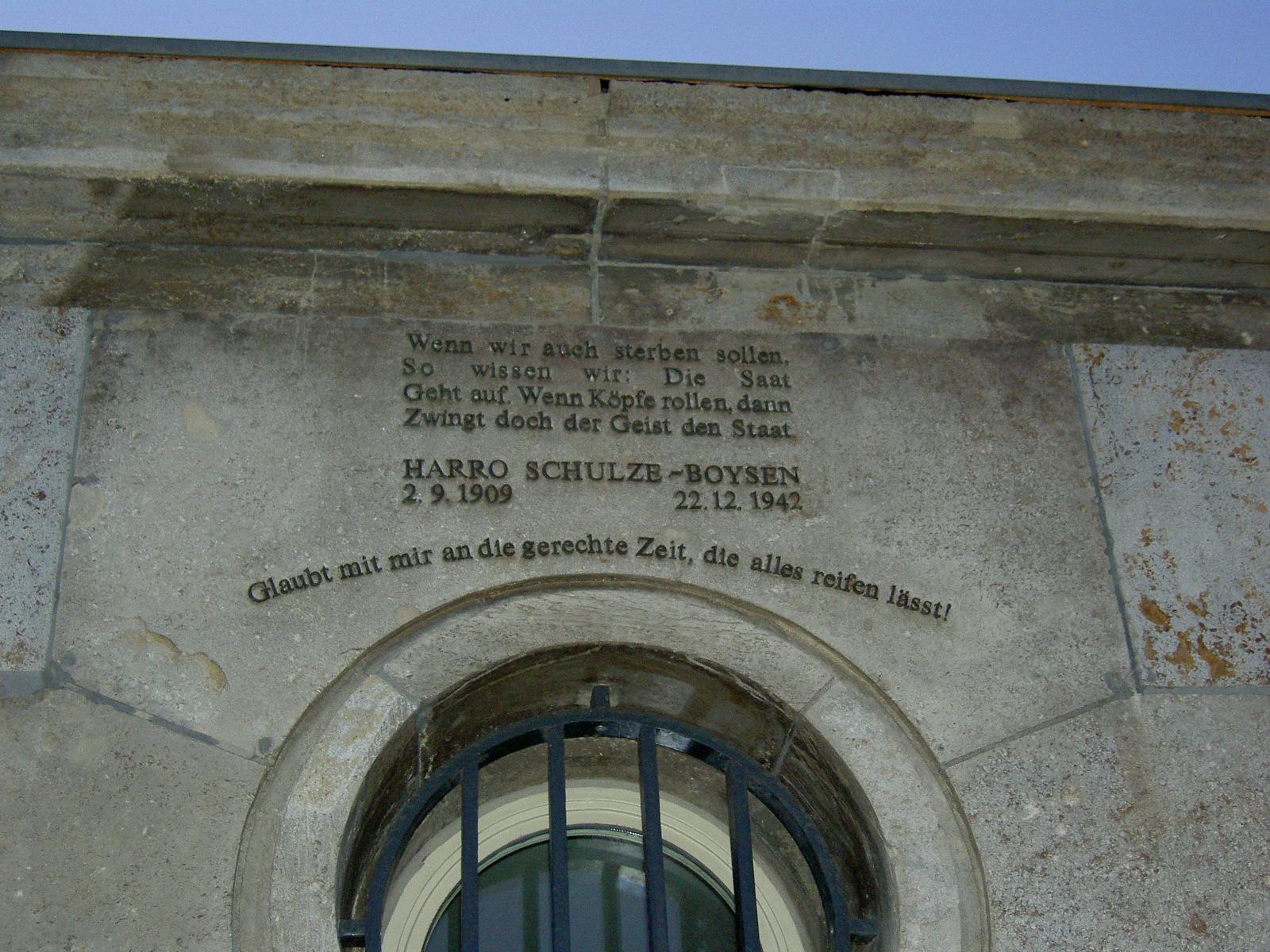 Kontakte der Berliner zu Auslandsvertretern[Bearbeiten - Quelltext bearbeiten]