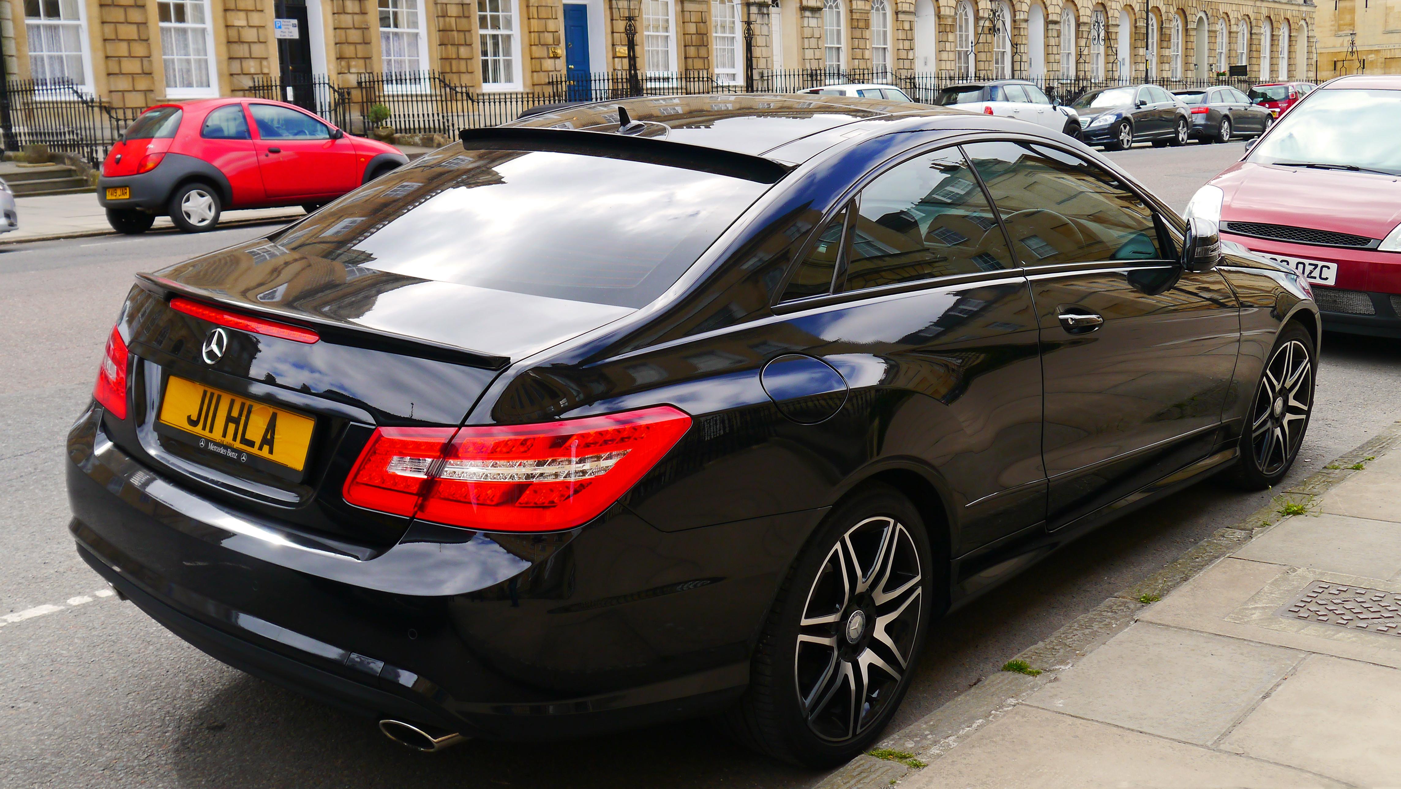 File 2010 2014 mercedes benz e class c207 bath for Mercedes benz england