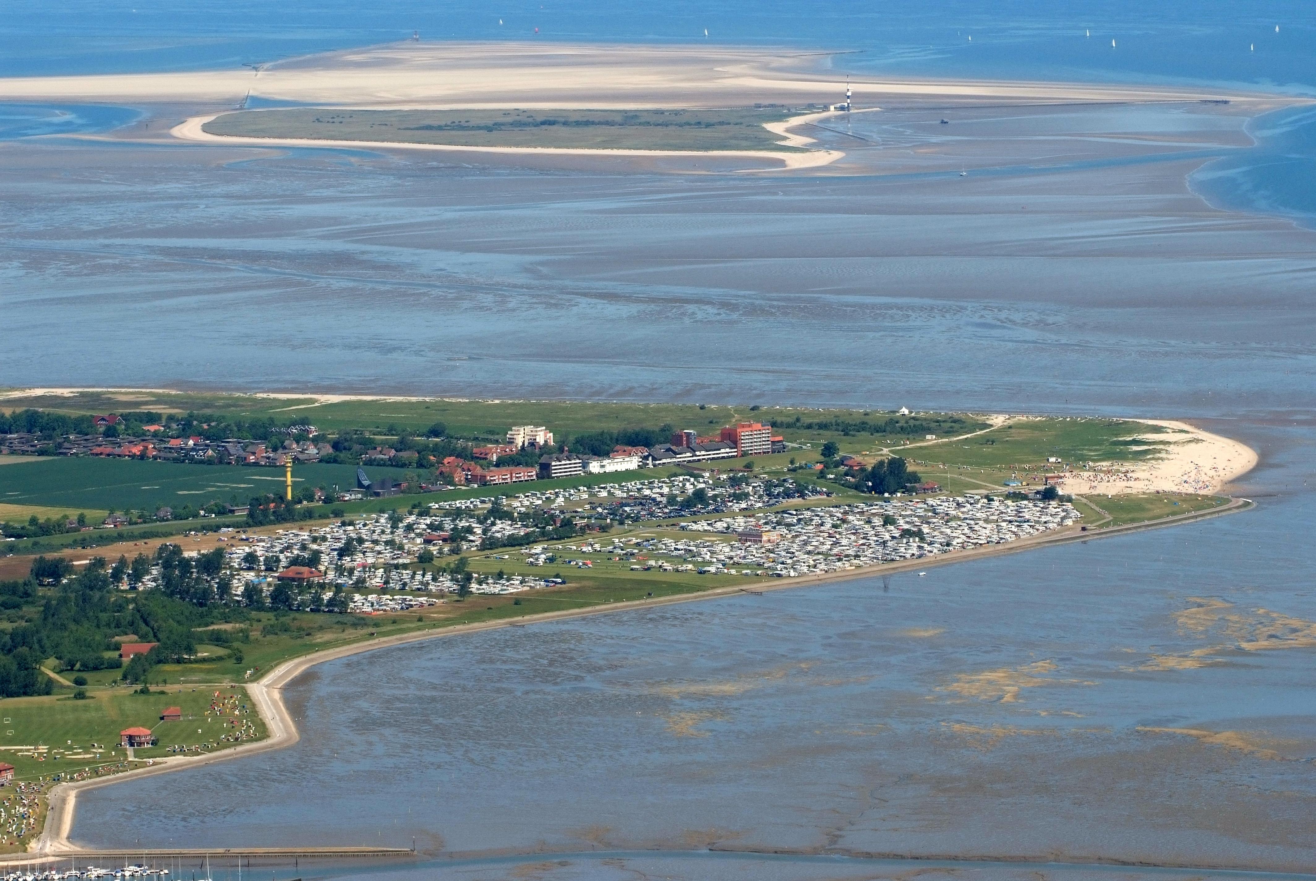 File:2012-05-28 Fotoflug Cuxhaven Wilhelmshaven DSCF9601.jpg ...