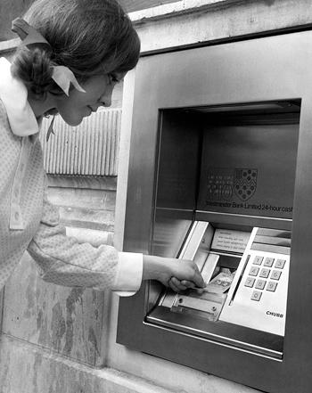 ATM Barclays fintech finace digitalization