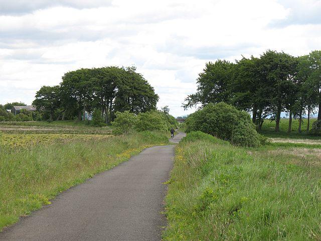 Bathgate- Airdrie railway cycle path - geograph.org.uk - 846045