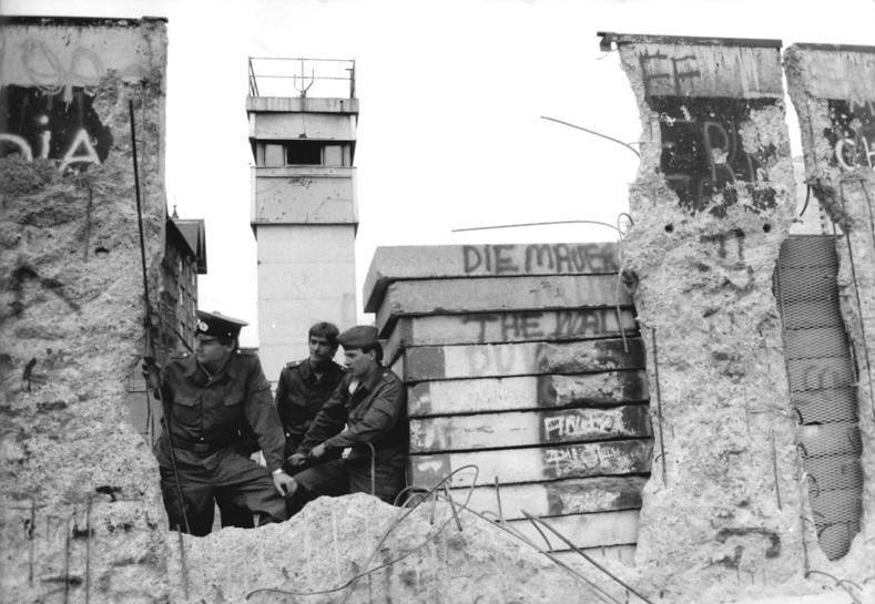 Iron Curtain Wall Fall of the iron curtain[edit]