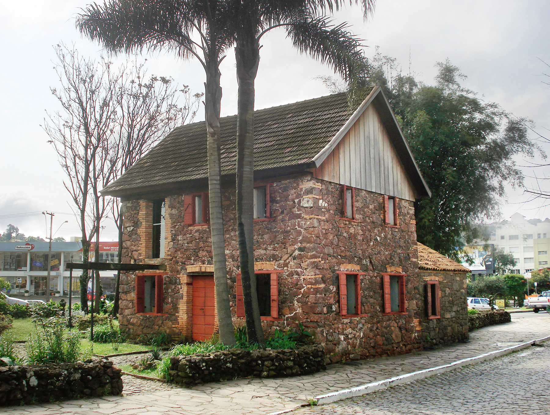 Museu ambi ncia casa de pedra wikip dia a enciclop dia - Casas de campo restauradas ...