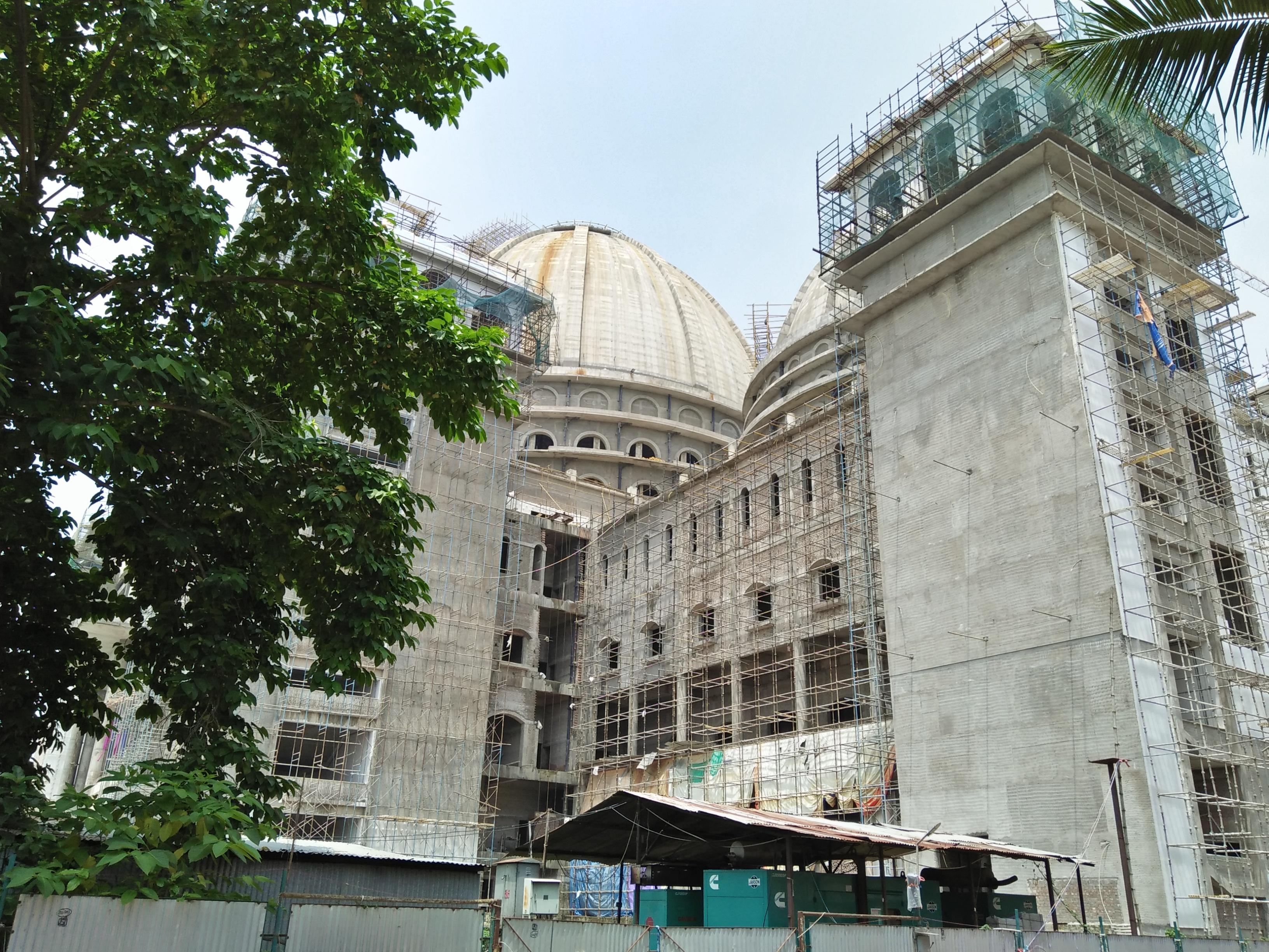 File:Chandrodaya Mandir Under Construction - Temple Of Vedic