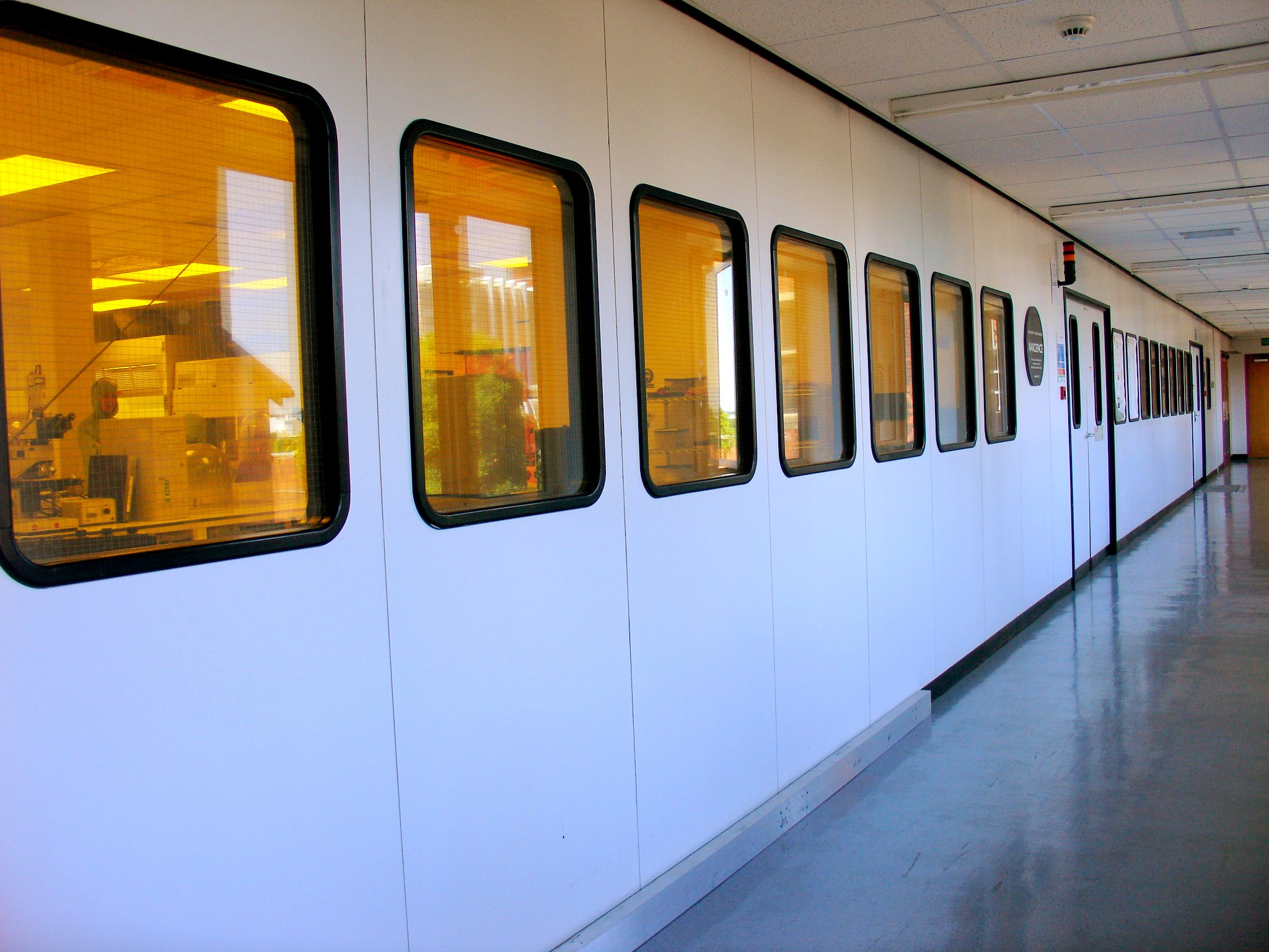 File:Cleanroom outside.jpg - Wikimedia Commons