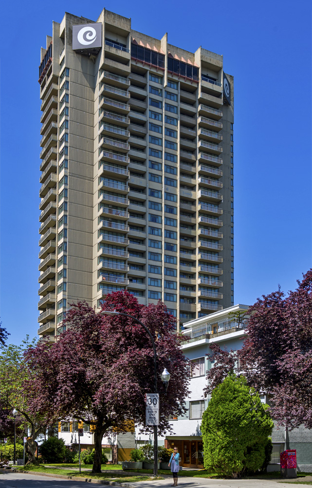 Coast Plaza Hotel And Suites Vancouver Bc