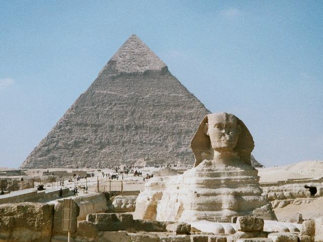The Pyramid of Khafre and the Great Sphinx of Giza on the Giza Plateau, Cairo, Egypt.