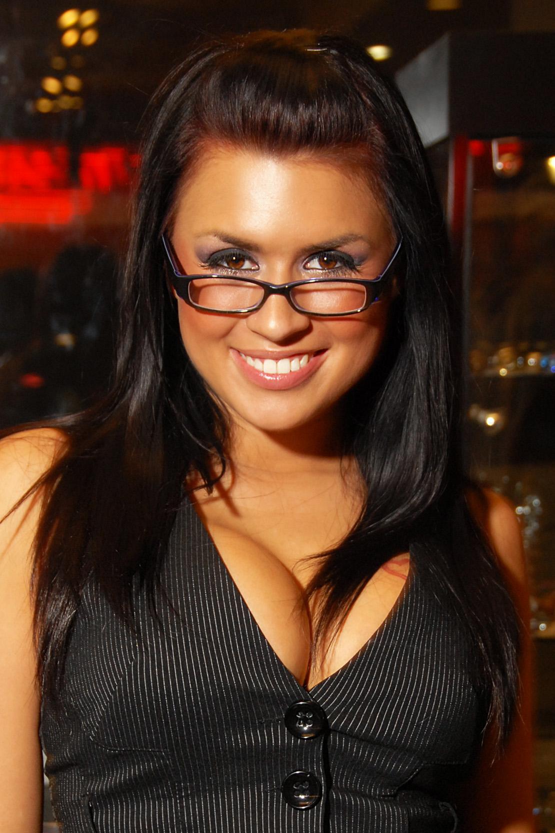 Eva Angelina Nude Photos 17