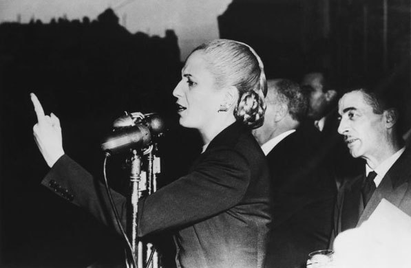 Eva Perón delivering a speech in Casa Rosada.