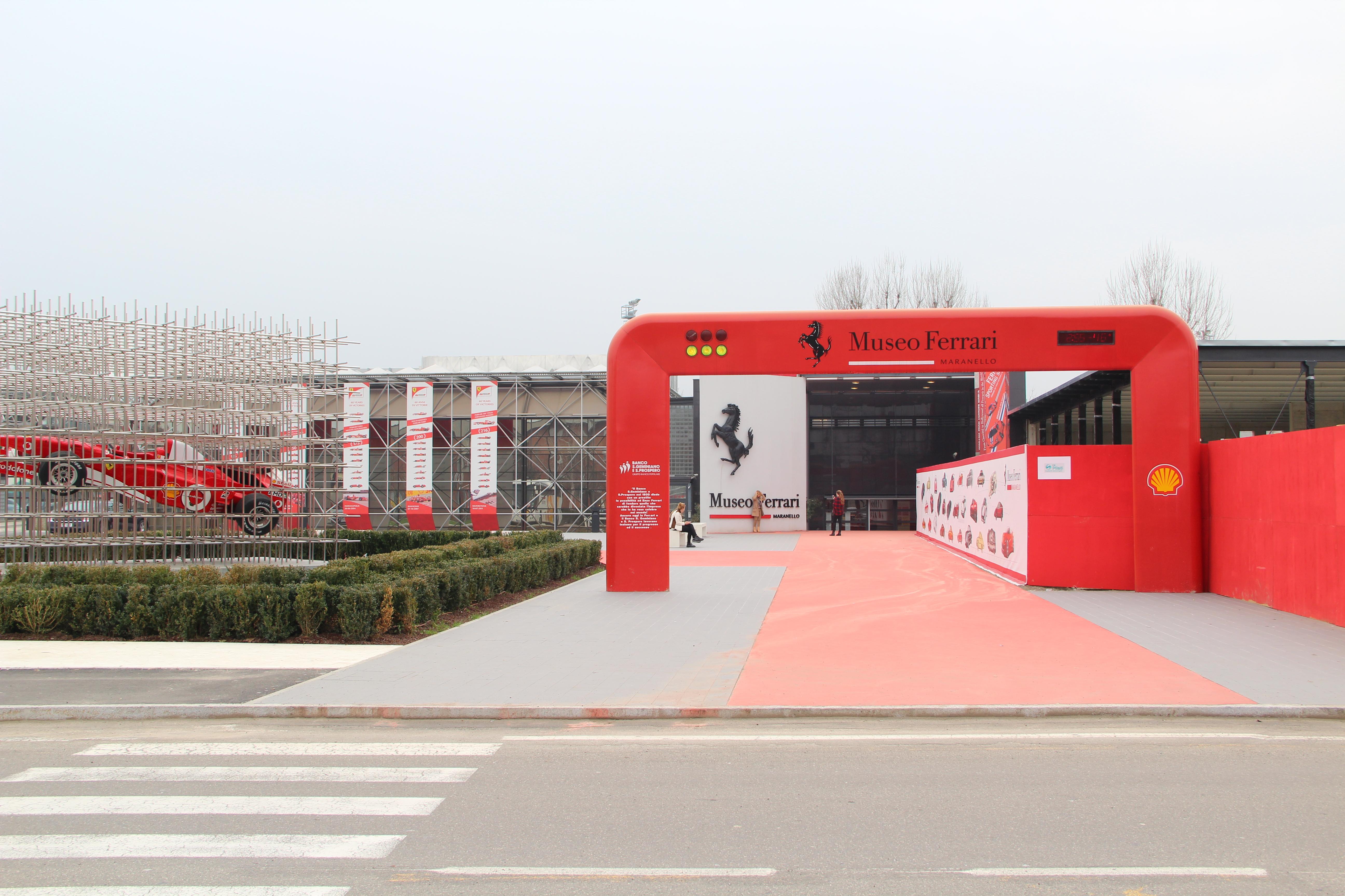 File Ferrari Museum Maranello 1 Jpg Wikimedia Commons