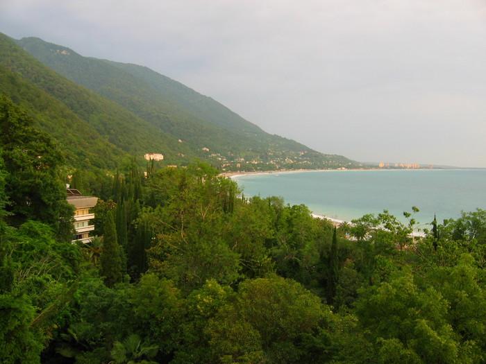 Die Schwarzmeerküste bei Gagra