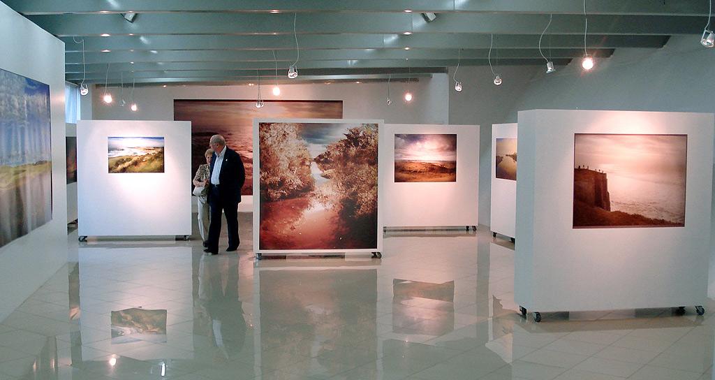 Ficheiro:Galeria de Arte de Caxias.jpg