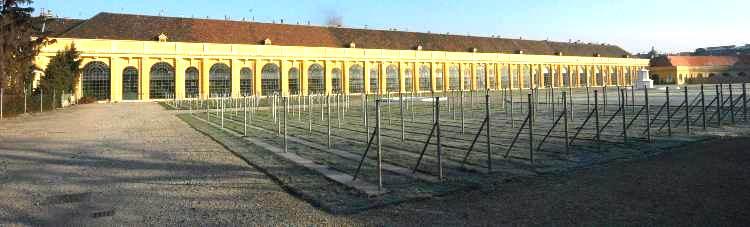 Orangerie in Schönbrunn / Quelle: Wikipedia (© 2006 GuentherZ (CC3.0))