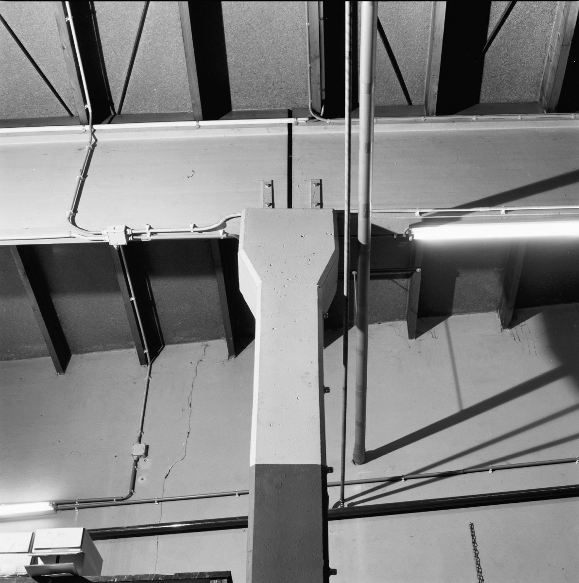 file interieur kolom beton detail almelo 20284932 wikimedia commons. Black Bedroom Furniture Sets. Home Design Ideas