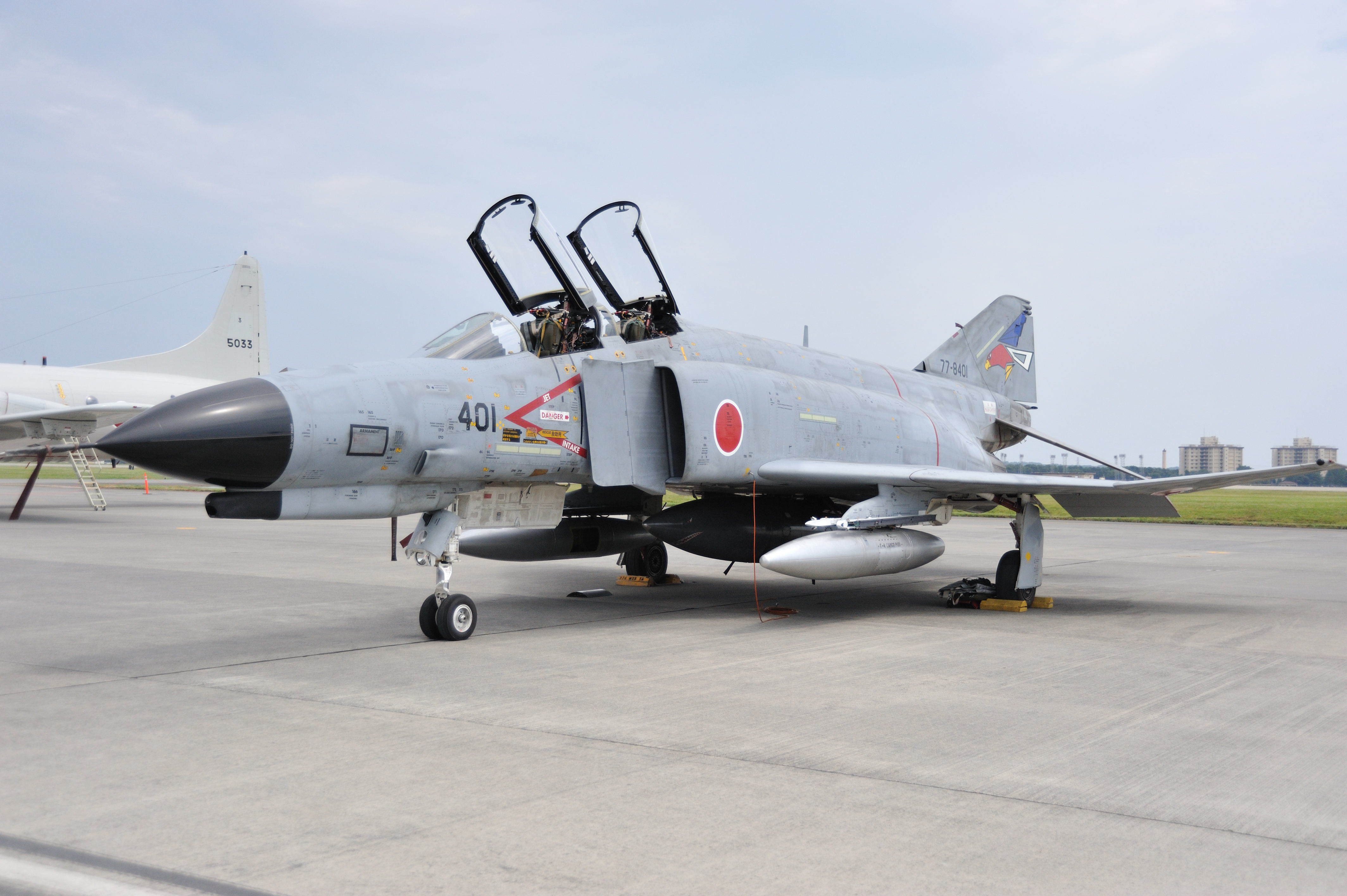 File:JASDF F-4EJ yokota ab.JPG - Wikipedia, the free encyclopedia