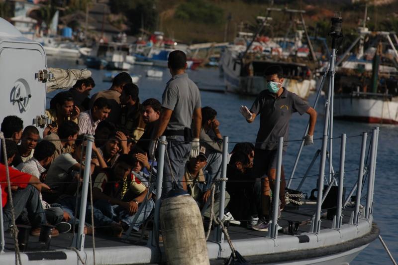 Lampedusa noborder 2007