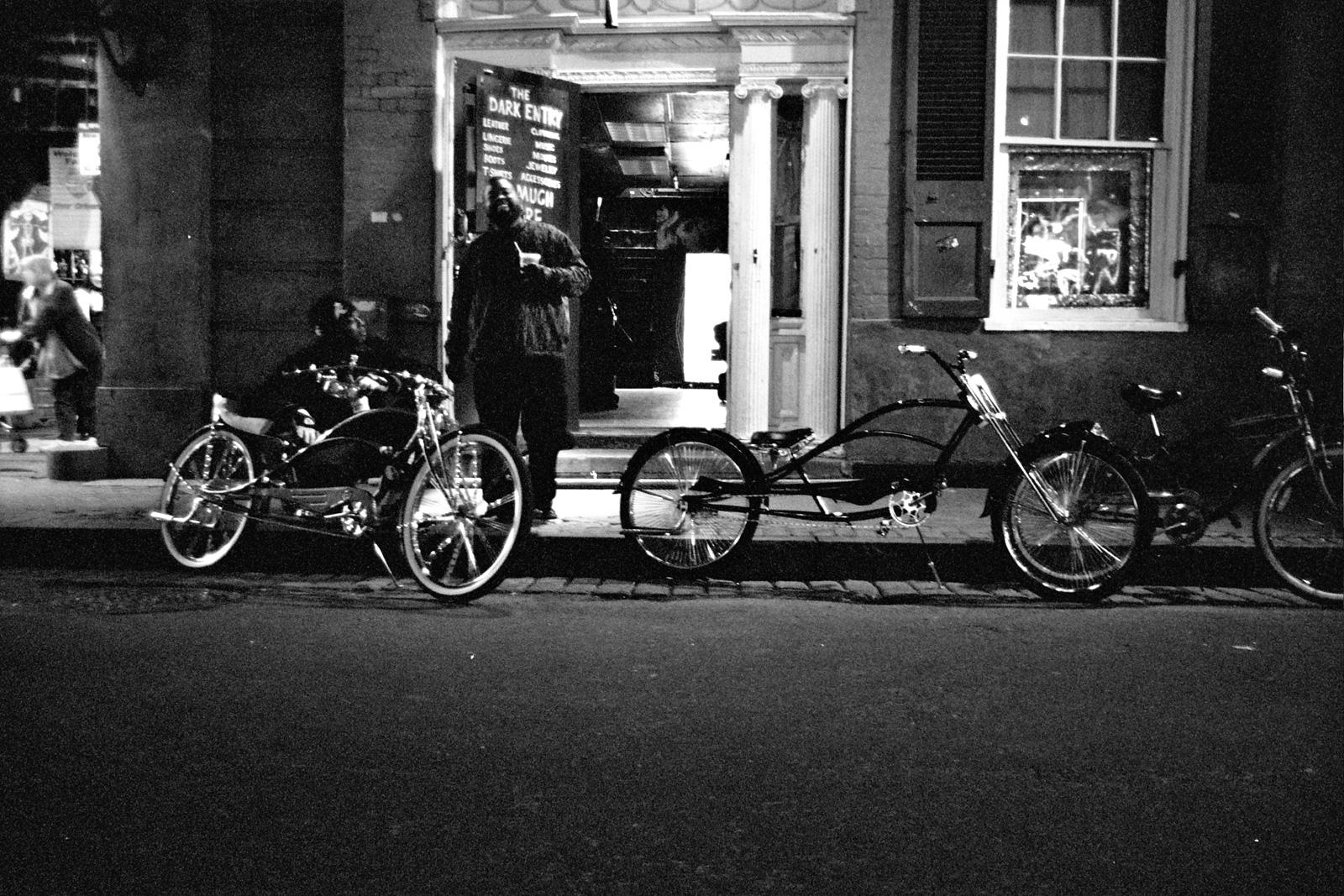 File:Lowrider Bikes New Orleans jpg - Wikimedia Commons