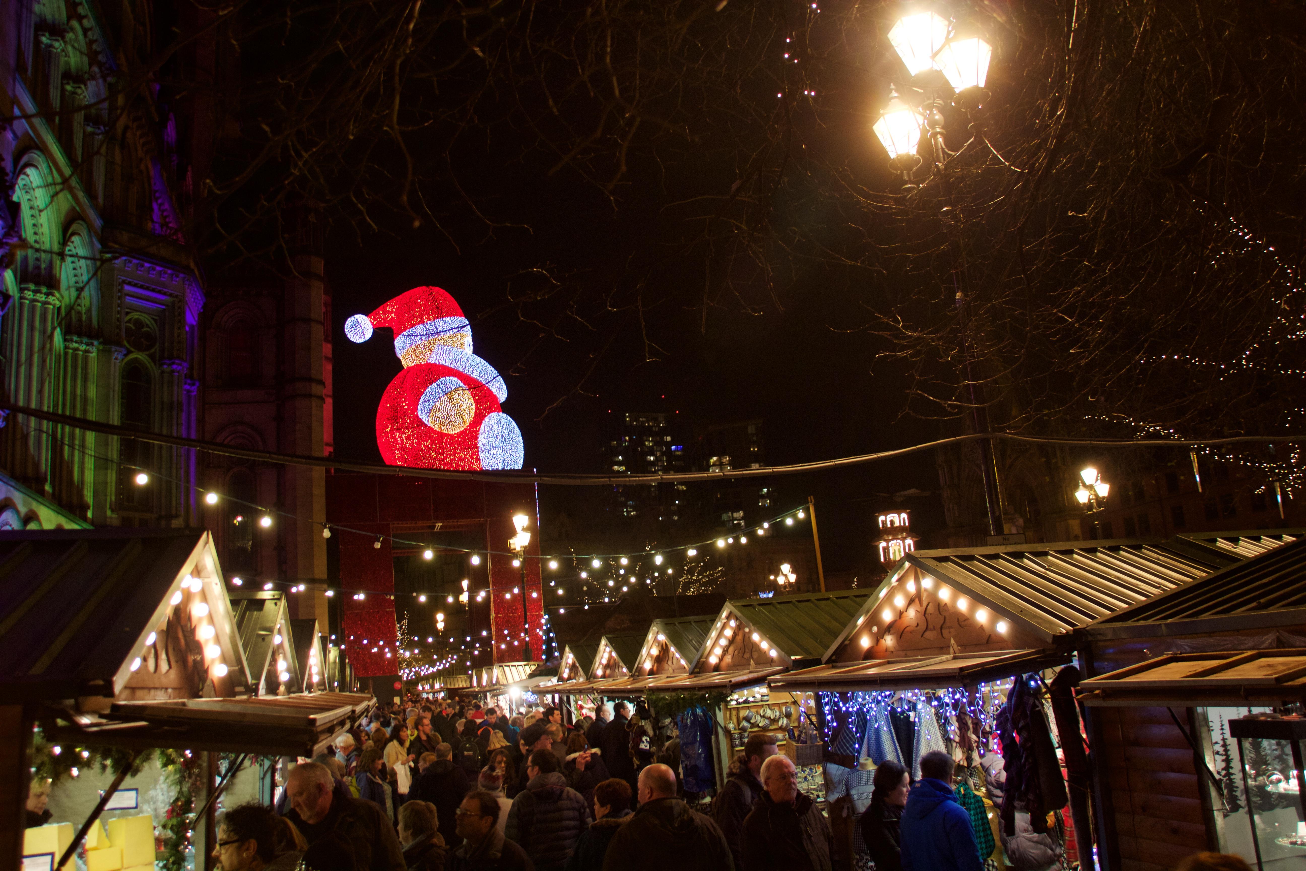 File:Manchester Christmas Markets 2015 002 jpg - Wikimedia