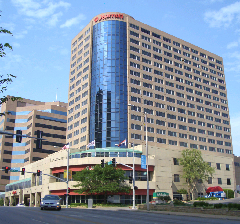 Hotels Near Country Club Plaza