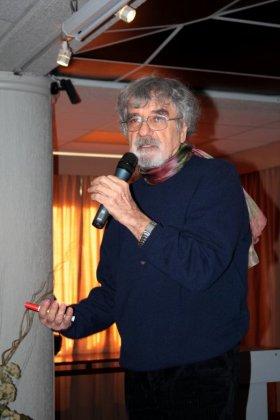 Чилийский биолог Умберто Матурана, соавтор теории аутопоэзиса