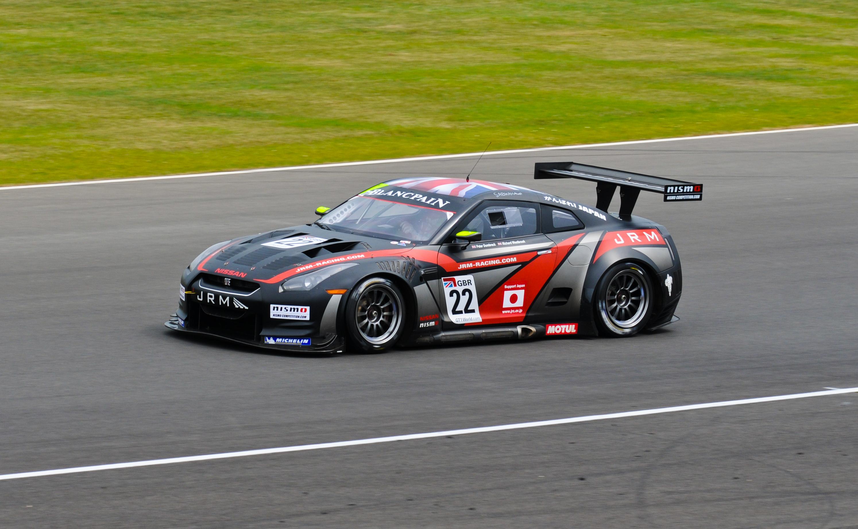 Nissan GT R Race