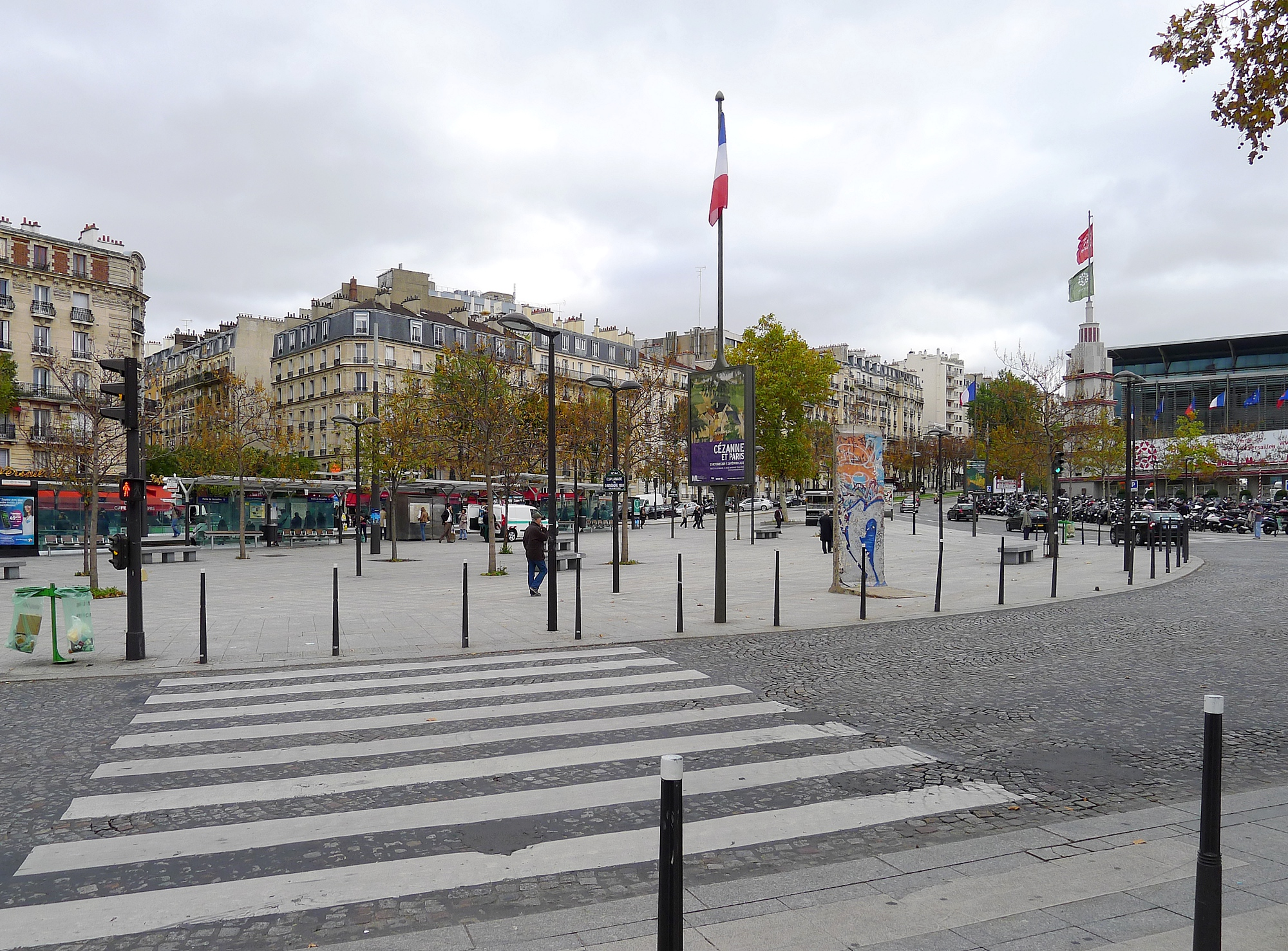 Porte de versailles wikiwand for Porte de versailles paris