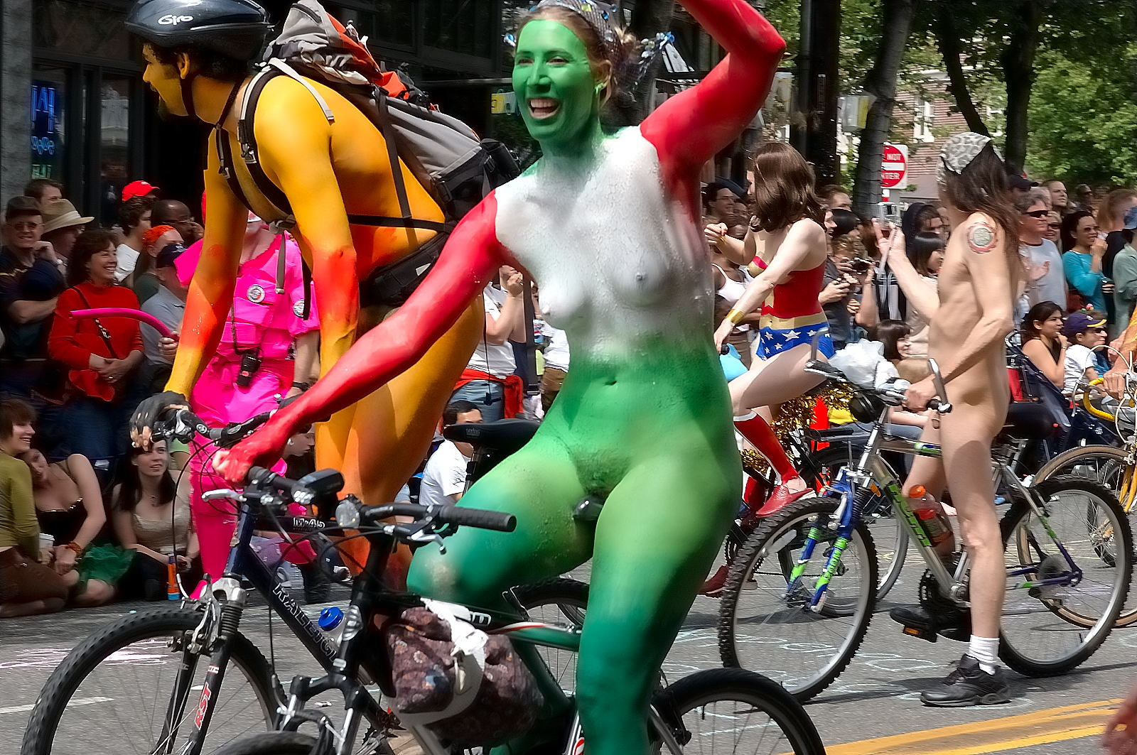 painted cyclists naked