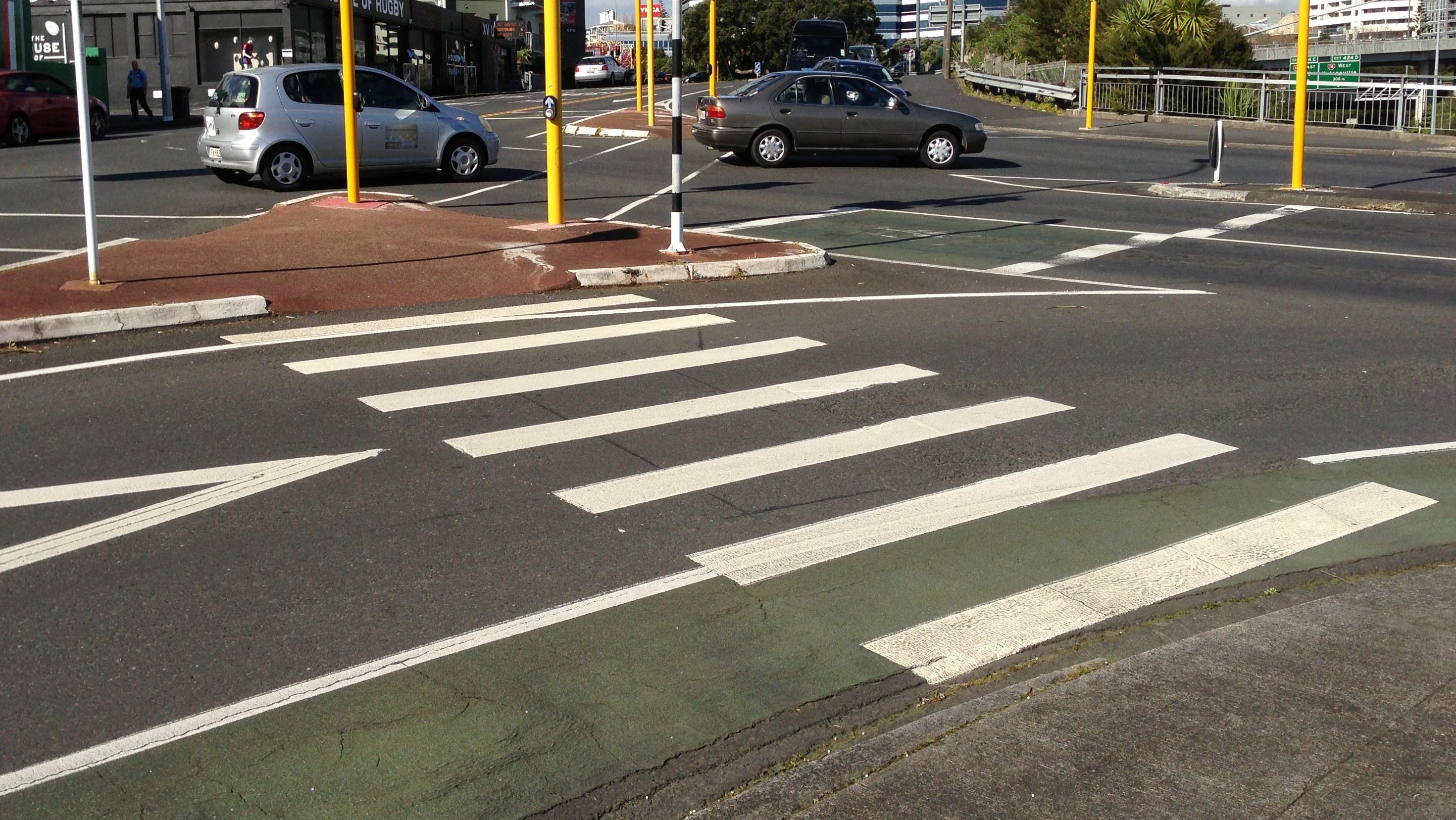 File:Pedestrian crossing and bike lane.JPG - Wikimedia Commons