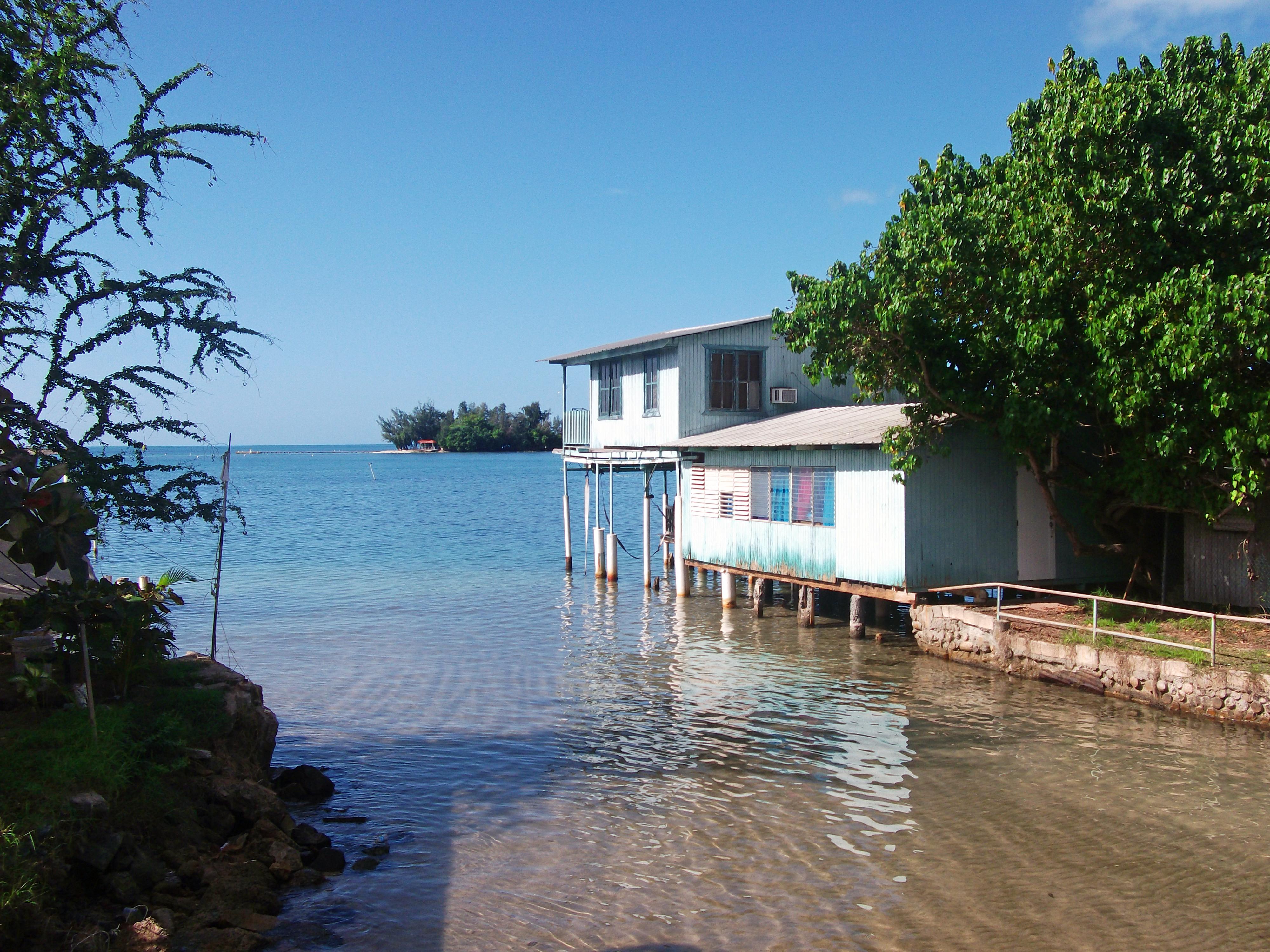 Laguna Brisas A Beach Hotel