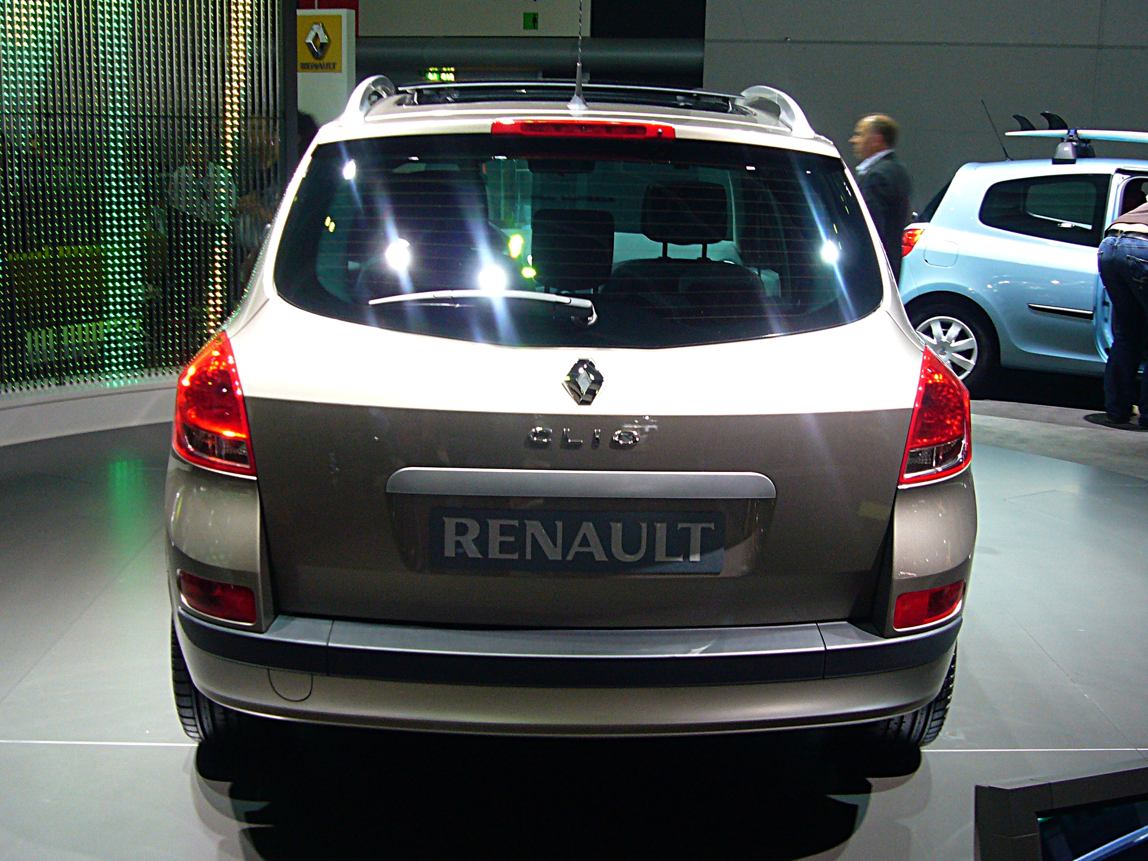 file renault clio estate rear jpg wikimedia commons. Black Bedroom Furniture Sets. Home Design Ideas