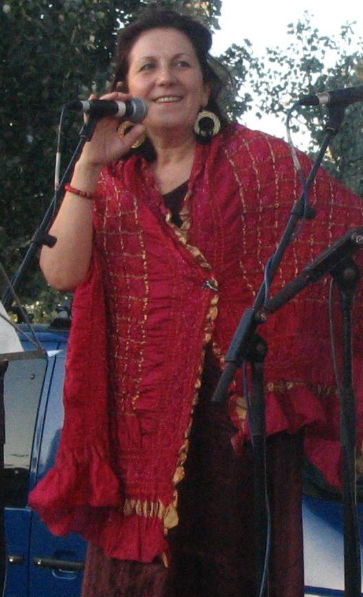 Rosa Zaragoza actuando en 2006.