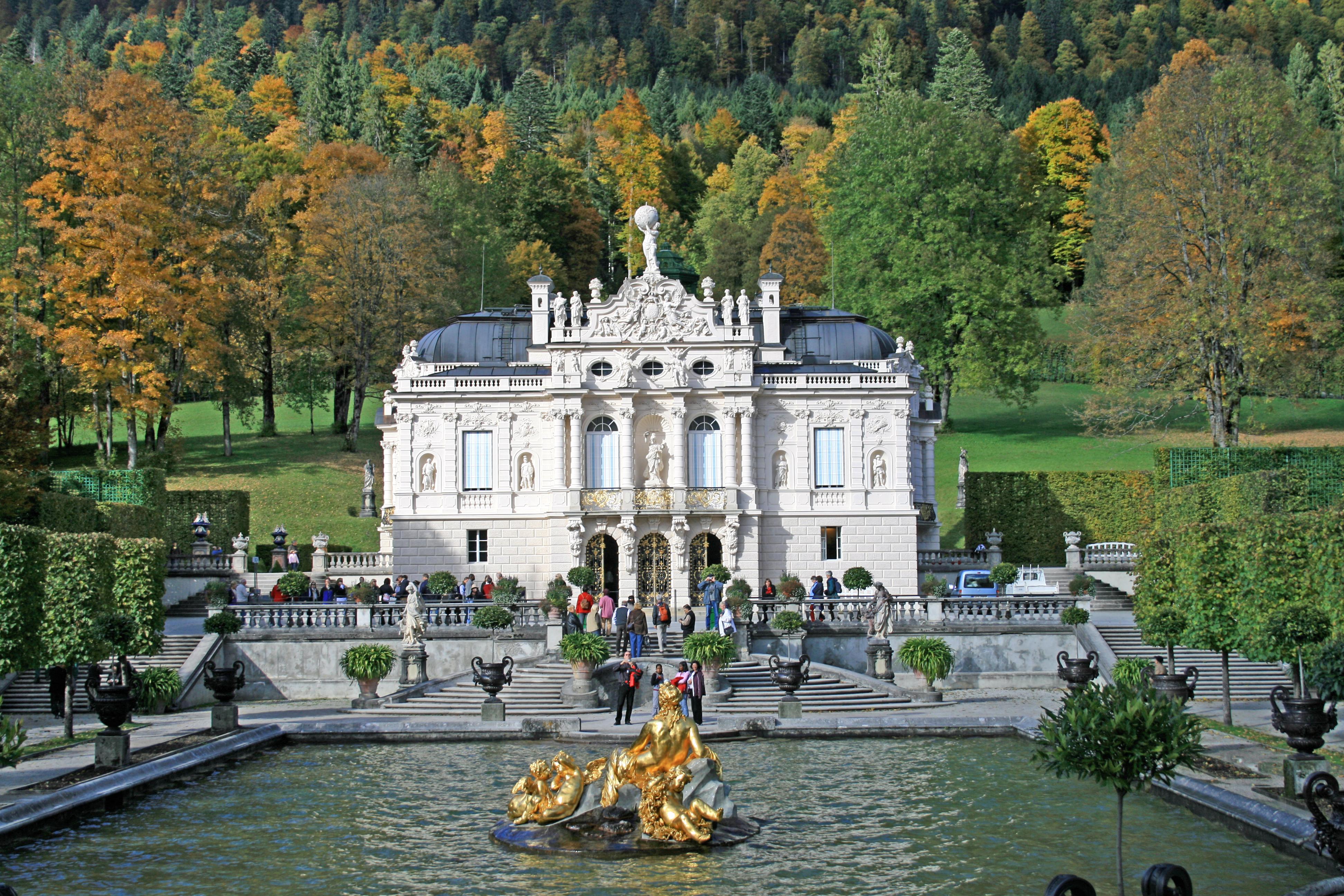 Neuschwanstein Linderhof Palace Full Day Premium Coach Tour